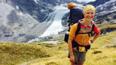 Photo of Climber grabbed at grass tufts before falling 100 metres to her death at Mt Aspiring National Park