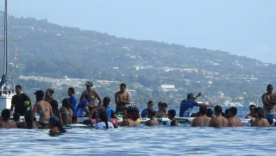 Photo of Te Heke, the paddling endurance relay event around Waiheke island