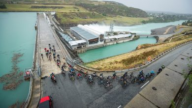 Photo of KIWIS REVEL IN THE WET AND COLD ON THE RIDE TO BANNOCKBURN AS VINK SAYS 'THE BAGGIES ARE OFF'