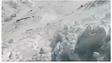 Photo of Terrifying video Footage of Snowboarder Getting Caught in a Nasty Avalanche